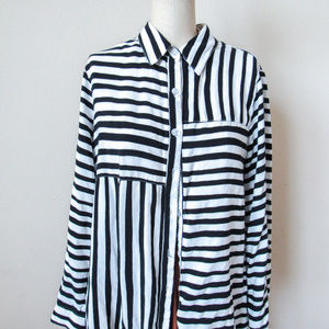 VINTAGE Striped Button Up Shirt Black & White